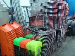 VENDO SILLAS ACOJINADAS CROMADAS de la Marca Cuitlahuac Steel