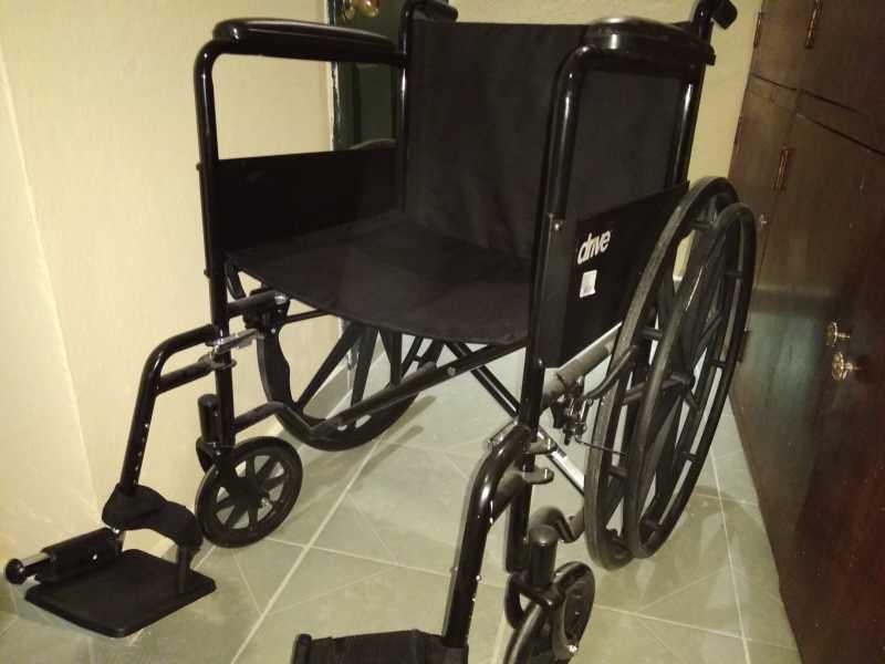 Se vende impecable silla de ruedas prácticamente nueva