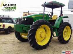 Tractor Agricola John Deere 5725 Modelo 2011
