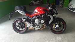Motocicleta Mv Agusta Brutale 675
