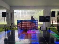 Servicio de dj, audio e iluminación para eventos
