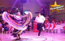 Show de Danza Folclórica Mexicana / Show Africano y Hawaiano