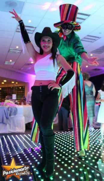 Zanqueros Show: XV años, Bodas, Fiestas